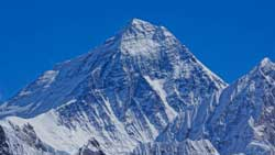 Mt_Everest_8848m